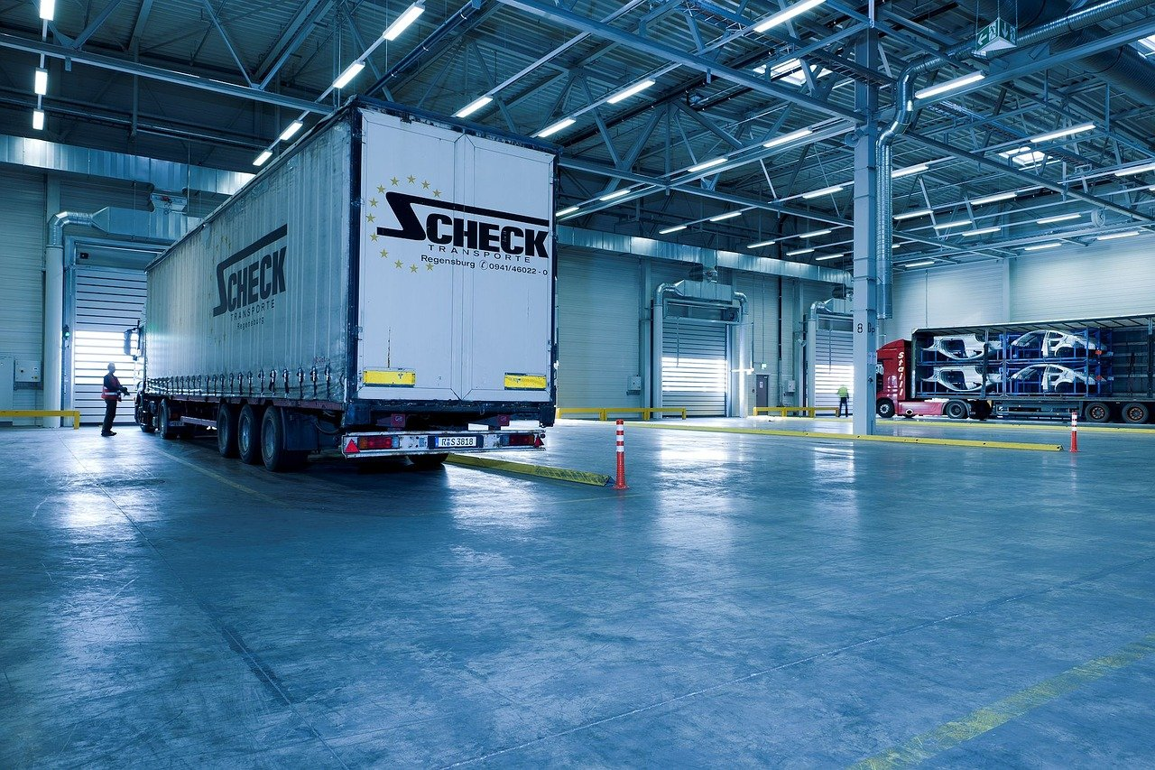How Does Fixed Asset Tracking Work In Warehouse Management